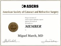 Diploma de miembro de la asociación americana de cirujanos de cataratas y refractiva (ascrs).