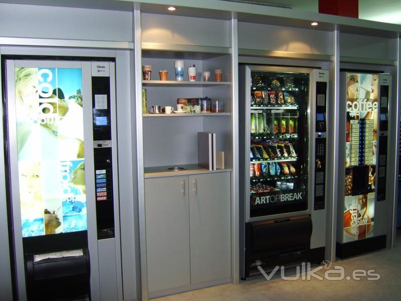 Foto exposicion permanente de maquinas expendedoras necta - Maquinas expendedoras de alimentos y bebidas ...