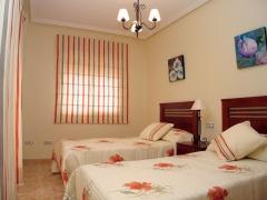 Dormitorio completo en  piloto orihuela costa
