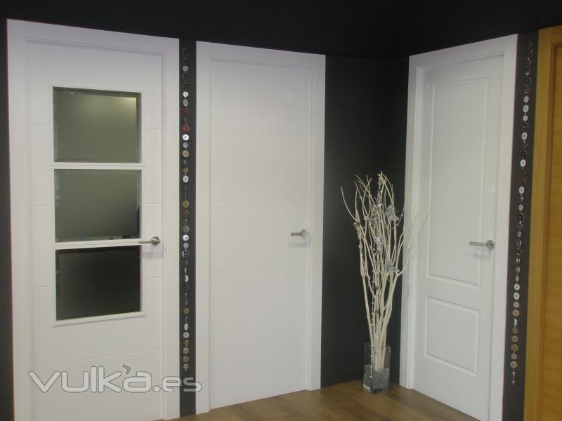 Foto puertas lacadas y pintadas - Puertas de interior lacadas ...