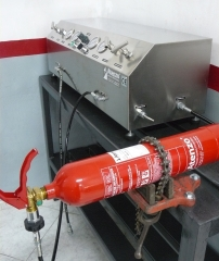 Máquina combinada para pruebas hidrostáticas de alta presión y carga de co2